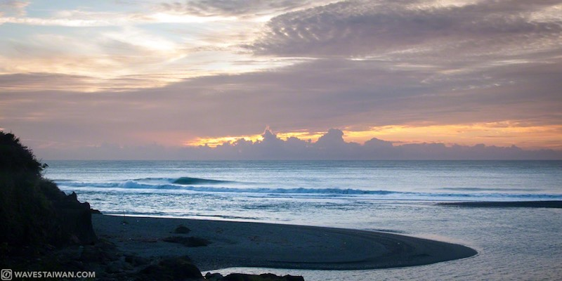Taiwan East Coast Sunset | Surf Travel Taiwan