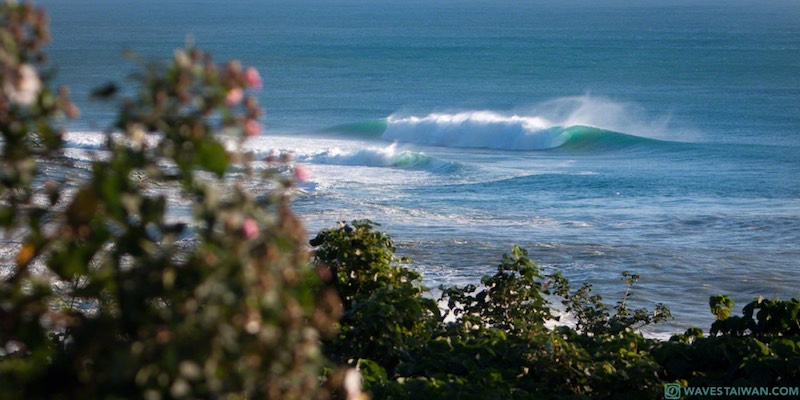 Taiwan East Coast distant waves | Surf Travel Taiwan